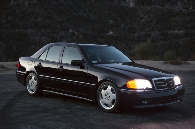 mercedes motoring 1995 c36 amg gasoline sedan. Black Bedroom Furniture Sets. Home Design Ideas