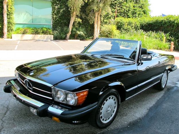 Mercedes motoring 1988 560sl roadster coupe for 1988 mercedes benz 560sl for sale