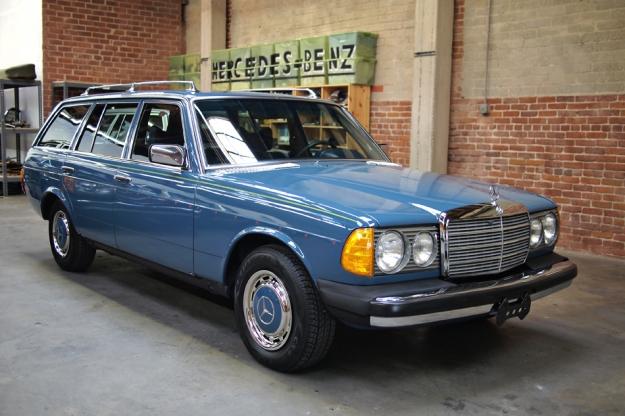 mercedes motoring 1979 300td diesel station wagon. Black Bedroom Furniture Sets. Home Design Ideas